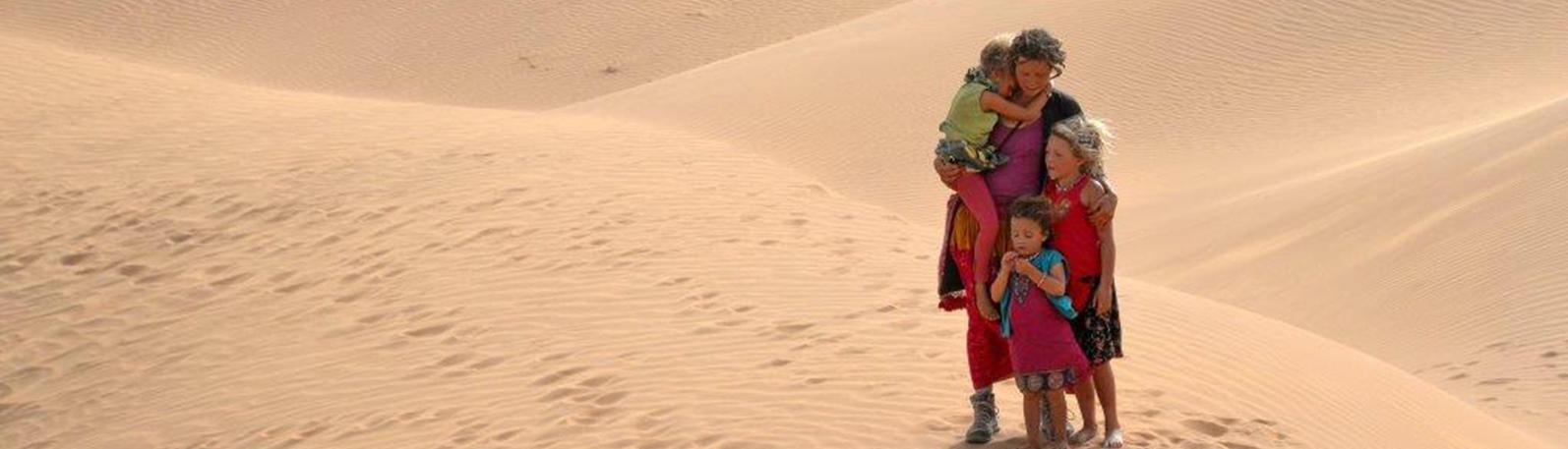 Maman, c'est encore loin le désert?